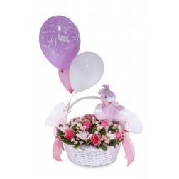 IT`S A GIRL BASKET BIG